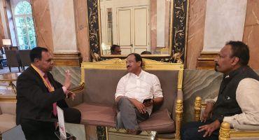 discussion_jose_kumpiluvelil_dr_jose_v_philip_with_central_minister_v_muraleedharan